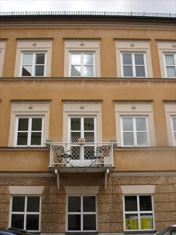 tiny balcony at Schwabing Hous...