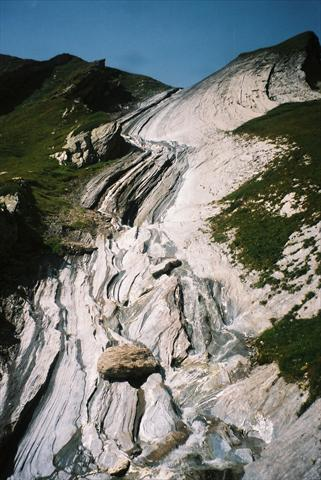 Rock formation in the Mont-Bla...