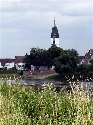 Village at the river Weser